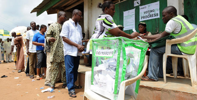 Nigerians voting in an election